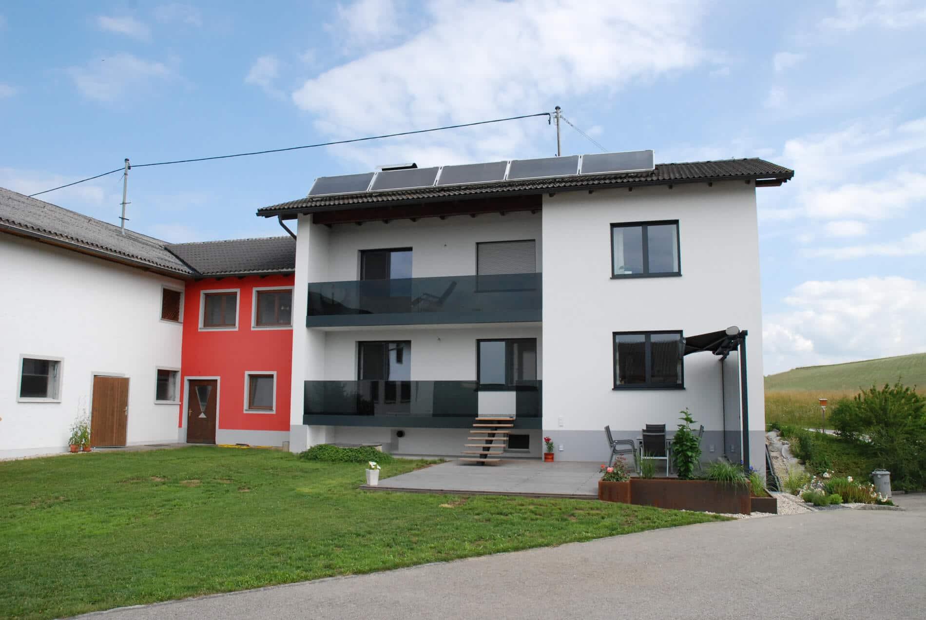 Terrassen Windschutz mit Markise