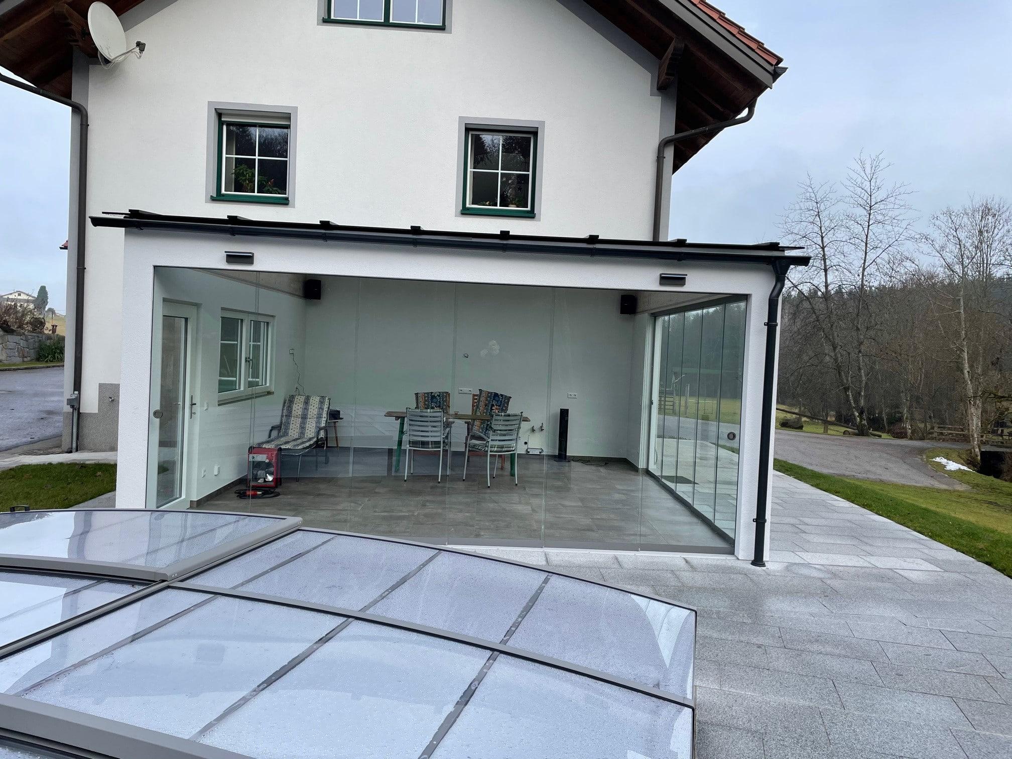 Terrassenfenster und Glasschiebetüren