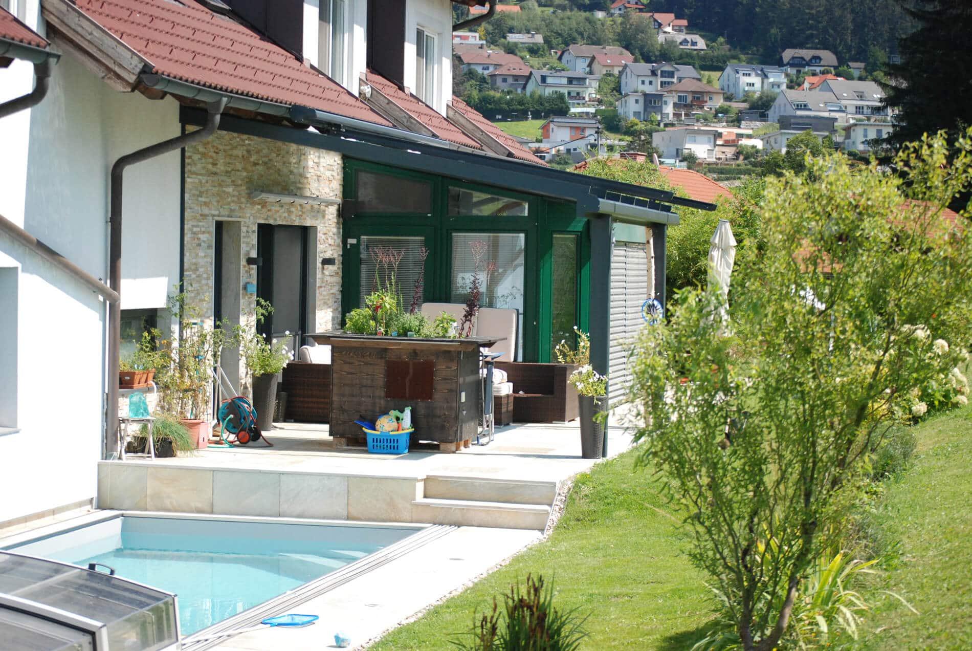 Terrassenüberdachung aus hochwertigen Materialien
