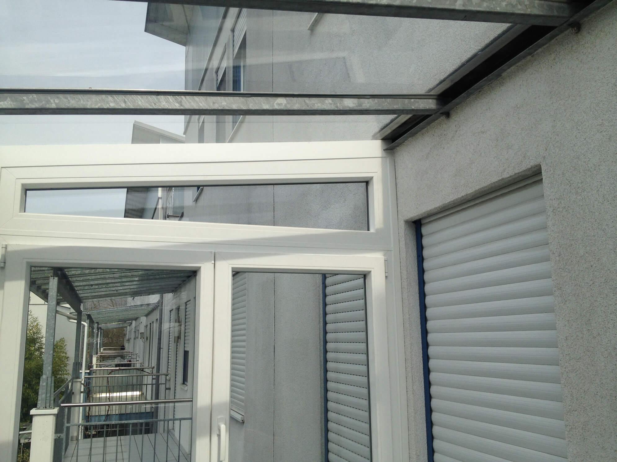 Terrassenüberdachung zu Wintergarten umbauen