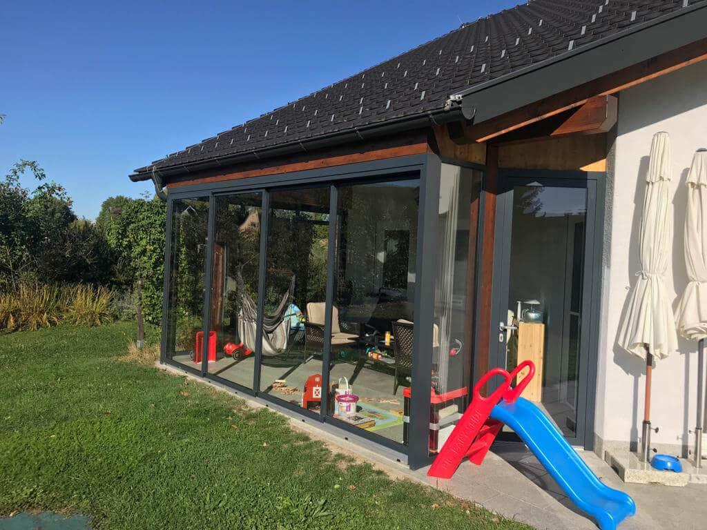 Terrassenverglasung Windschutz