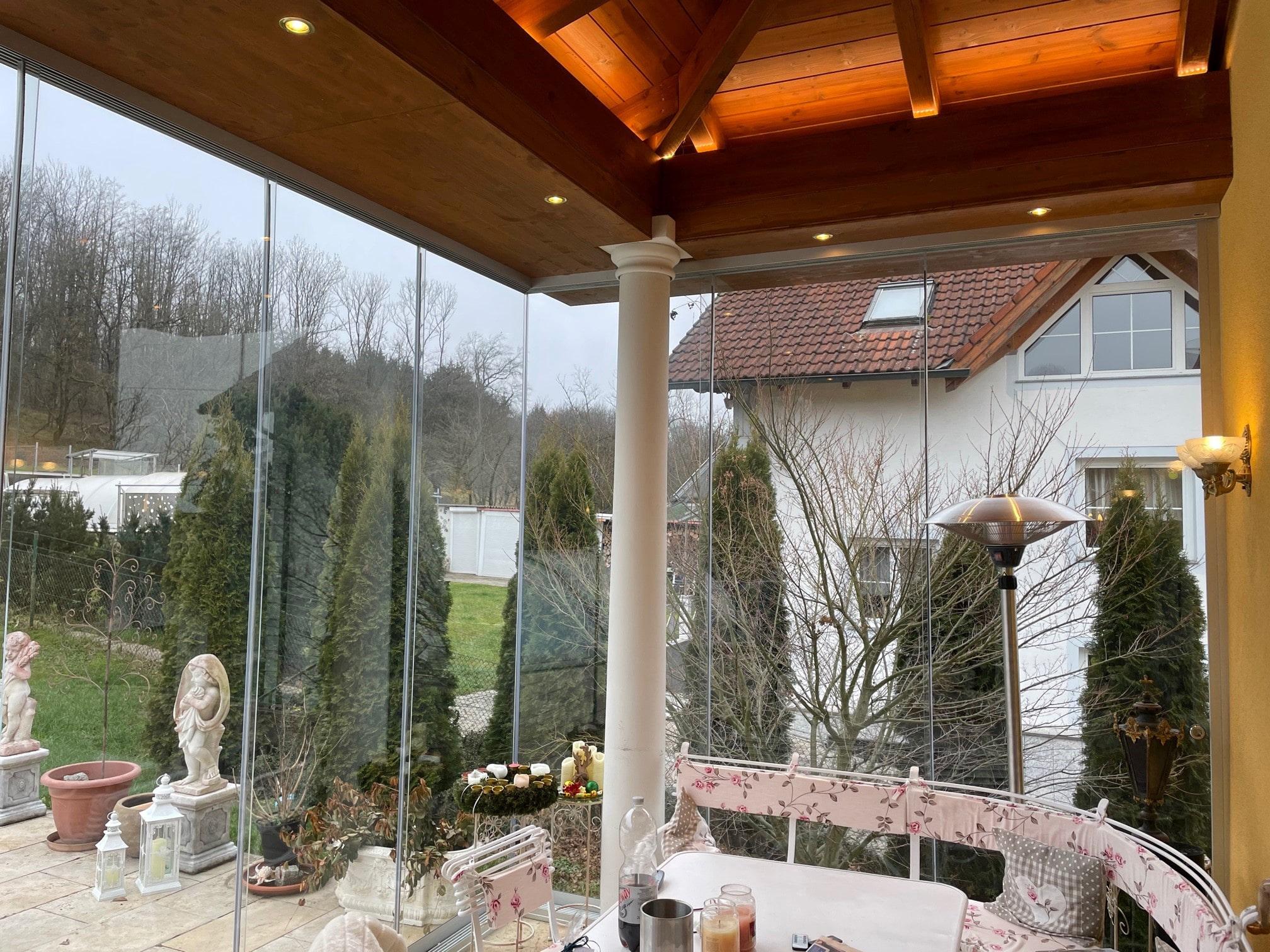 Terrassenverglasung zum Öffnen