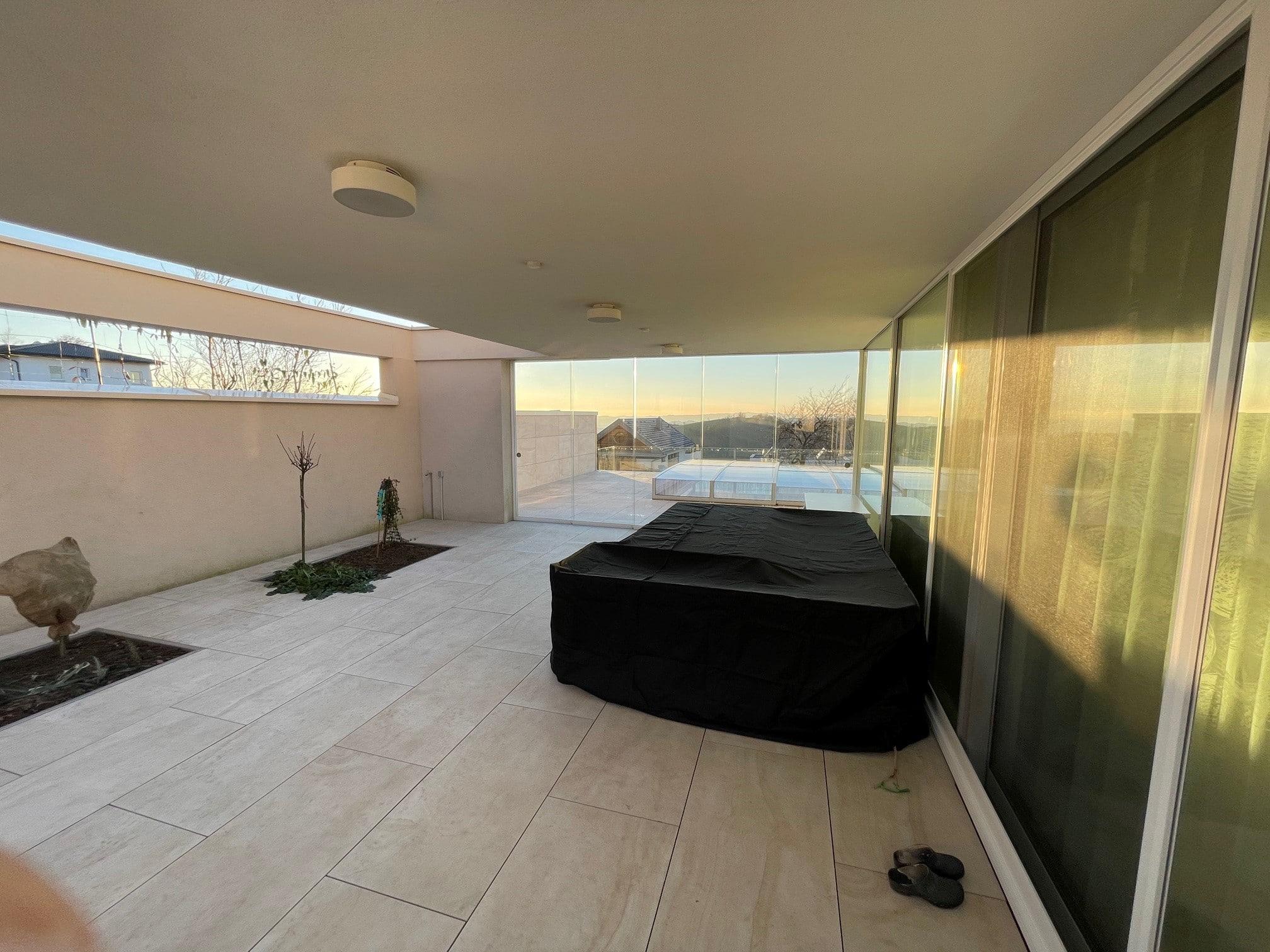 Transparente Glasschiebelösungen für Terrassen