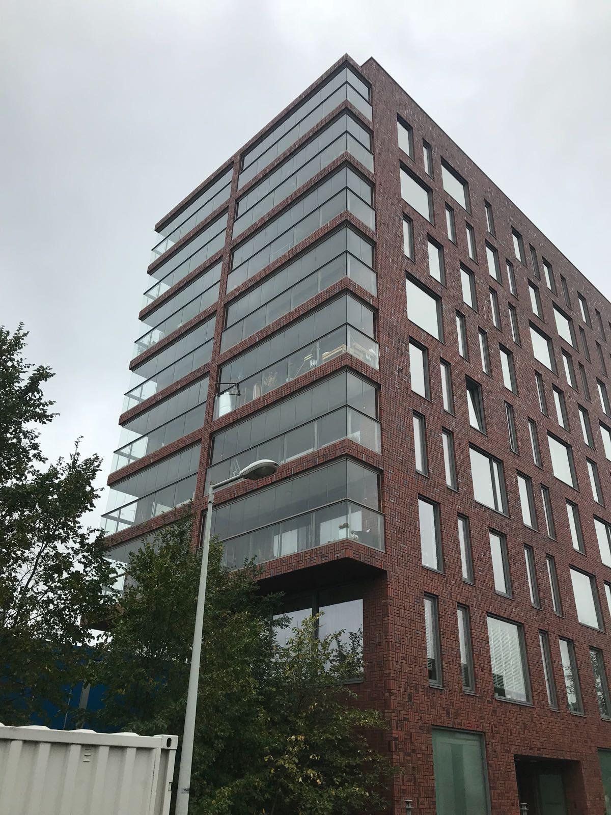 Transparente Verglasung für Balkone