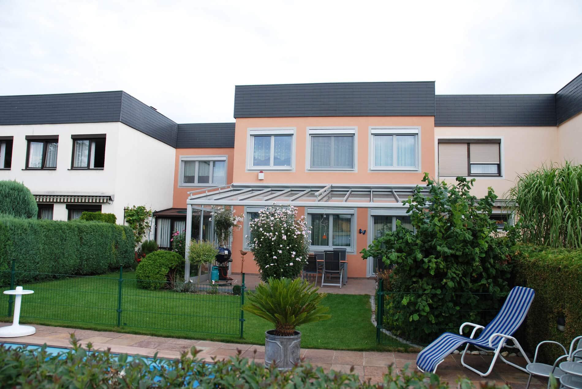 Terrassen windschutz glas berdachung aluminium glas berdachungen - Wintergarten reihenhaus ...