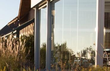 Windschutz aus Glas Gastronomie