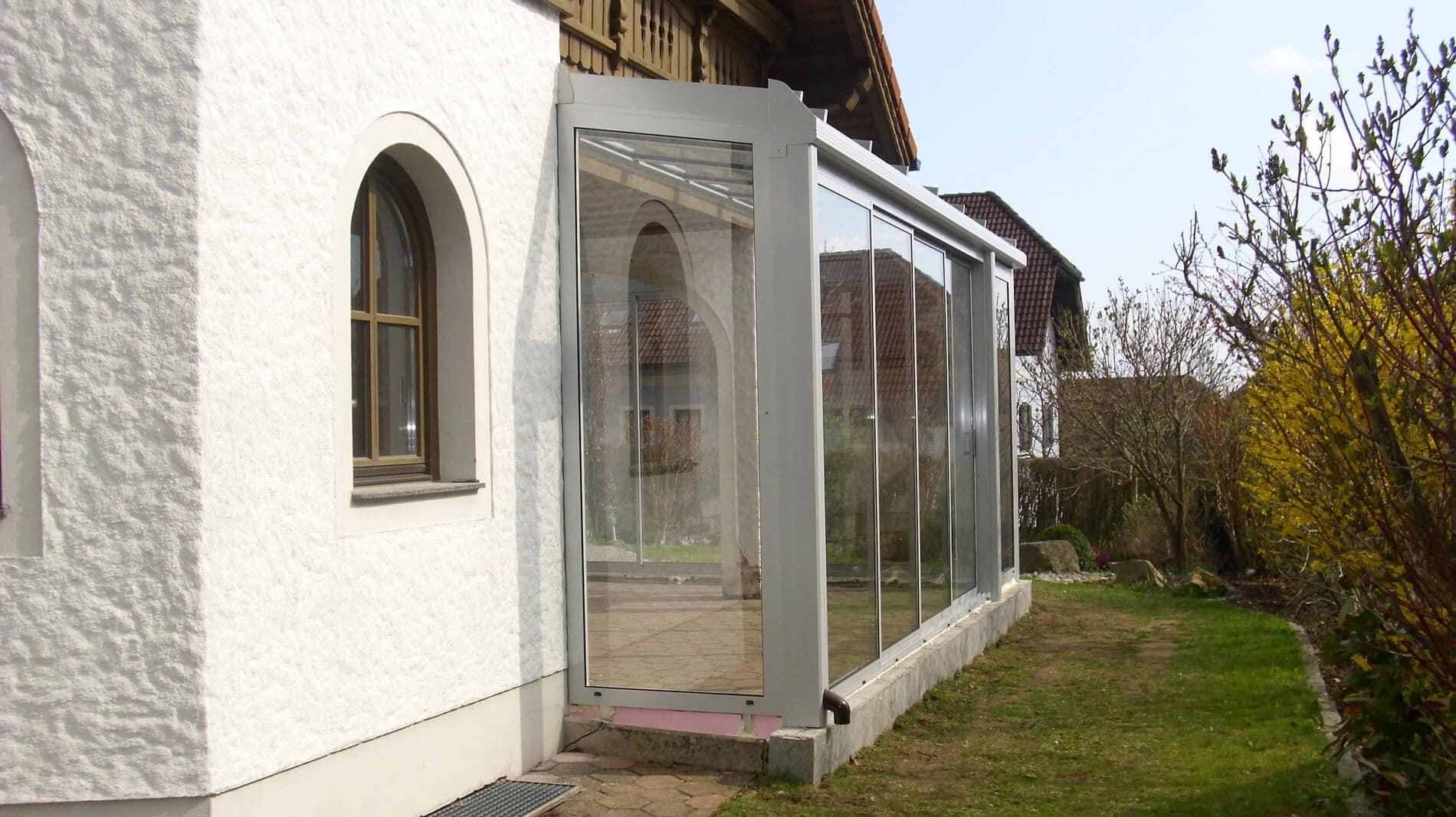 Wintergarten als Anbau an Einfamlienhaus
