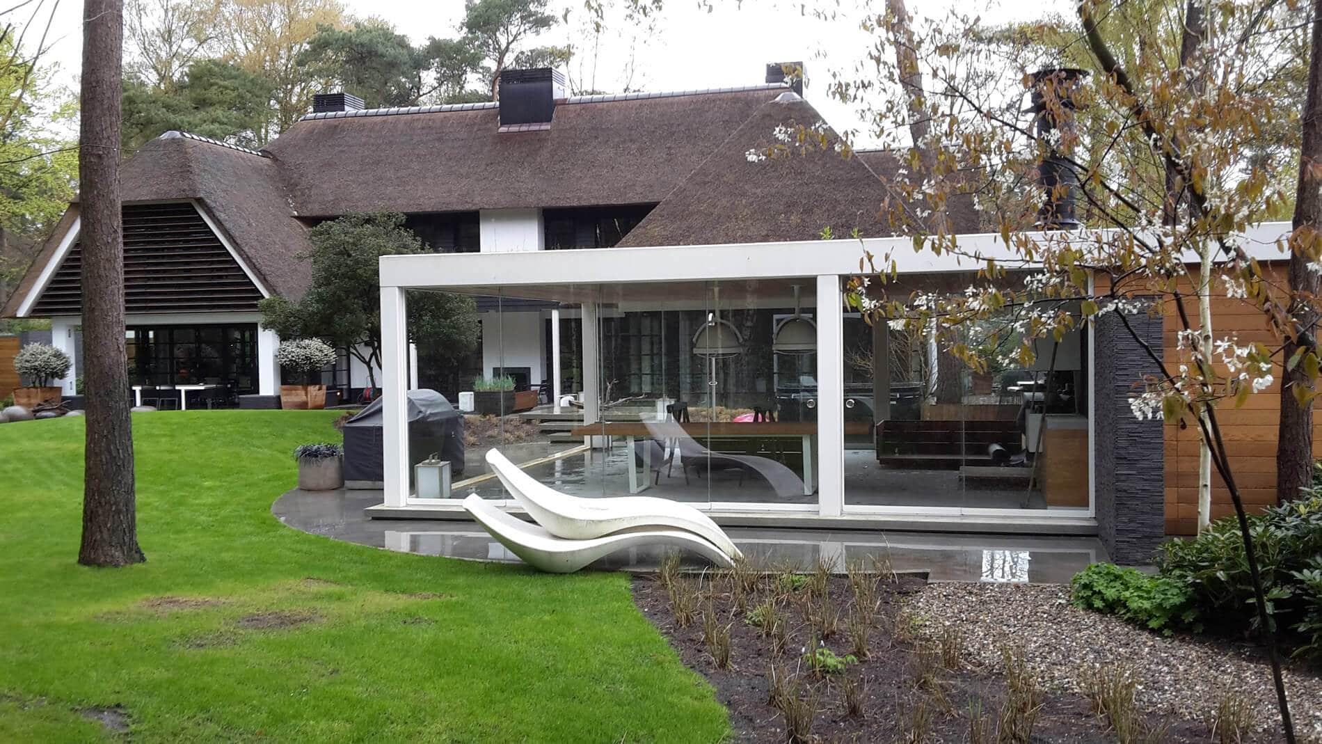 Wintergarten-Anbau mit Schiebekonstruktion