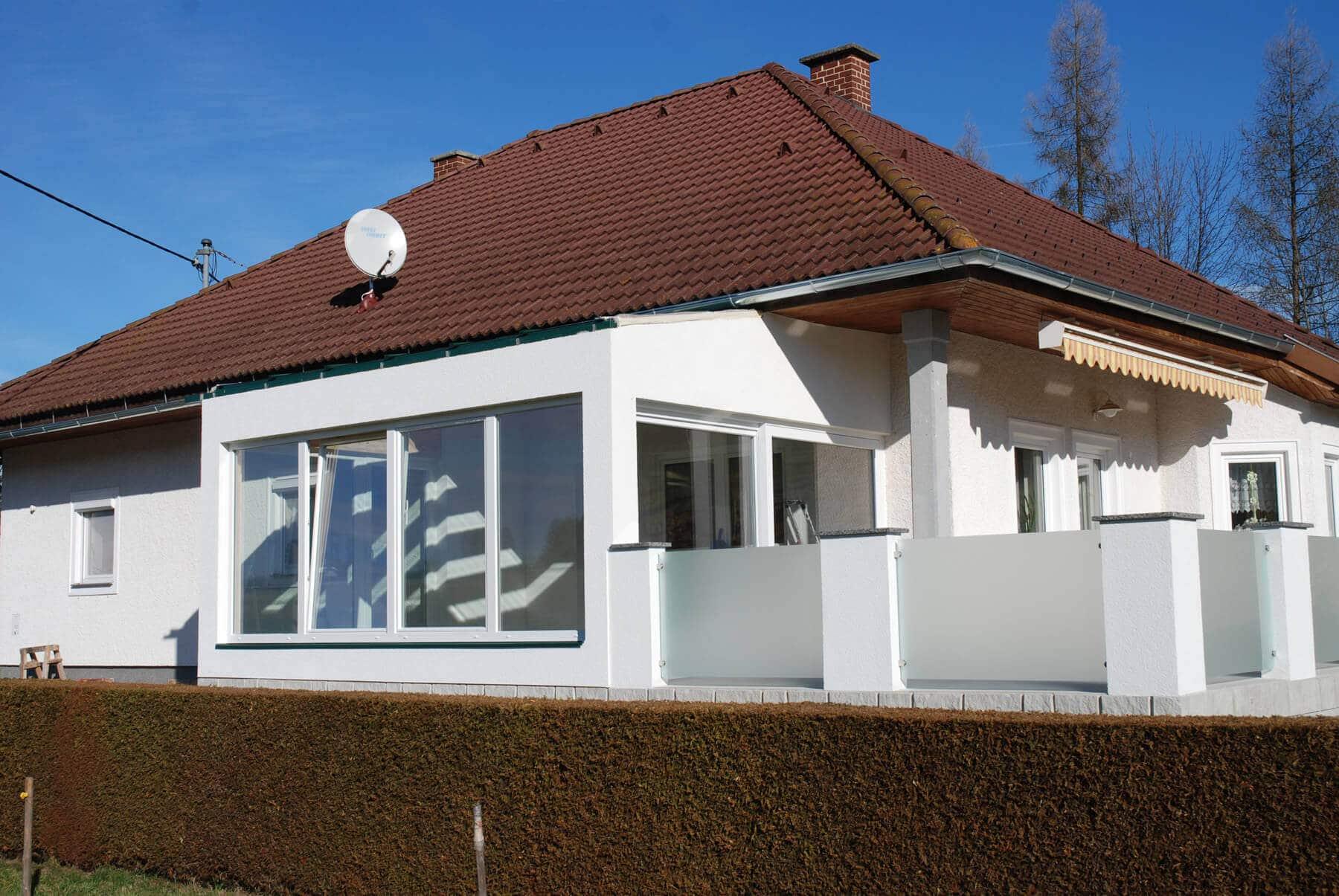 sunflex falt schiebe systeme f r verglasungen auf terrasse oder balkon. Black Bedroom Furniture Sets. Home Design Ideas