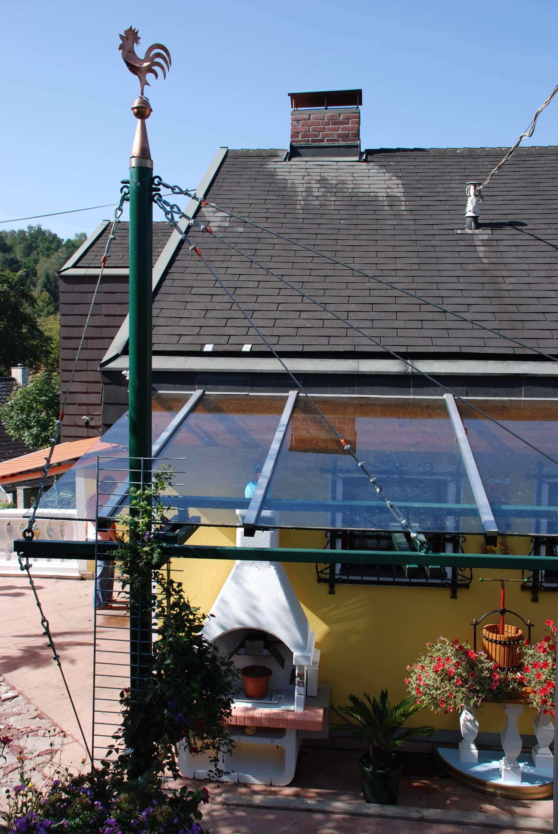 Wintergarten mit Glasüberdachung