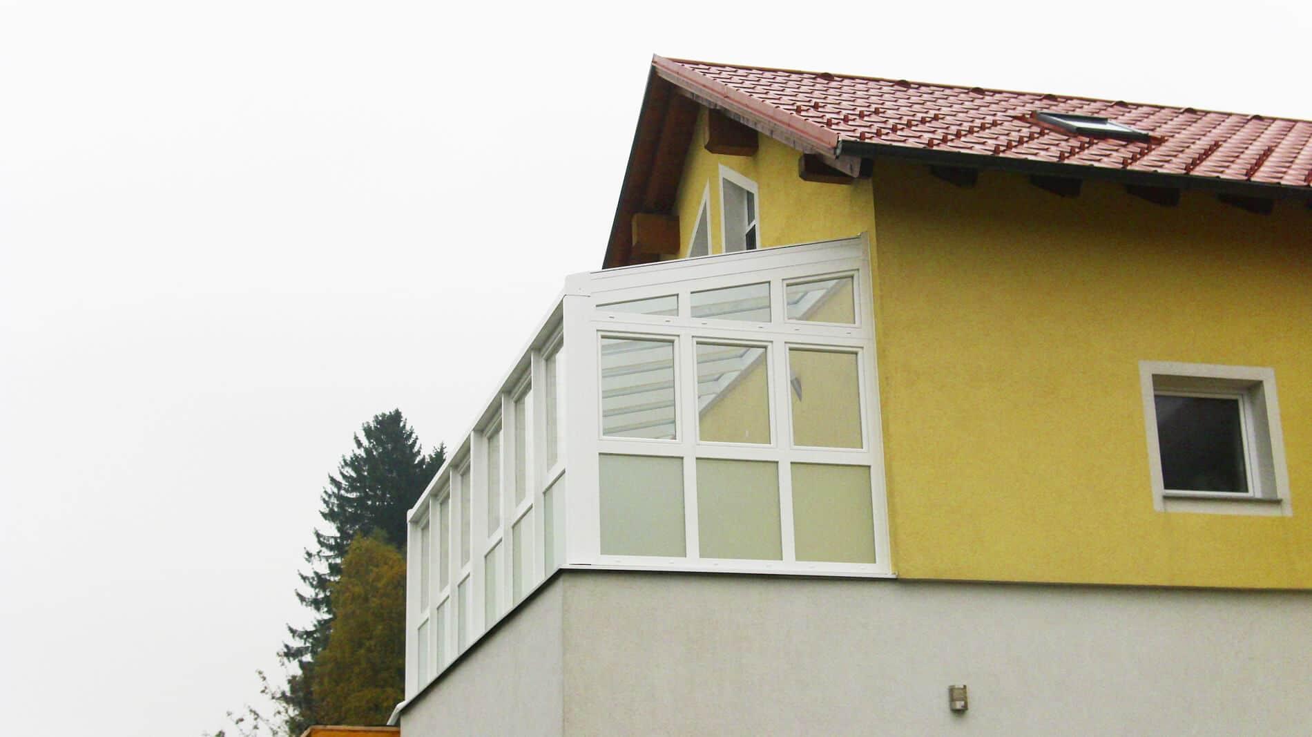 Wintergarten mit Kunststofffenster und Alukonstruktion