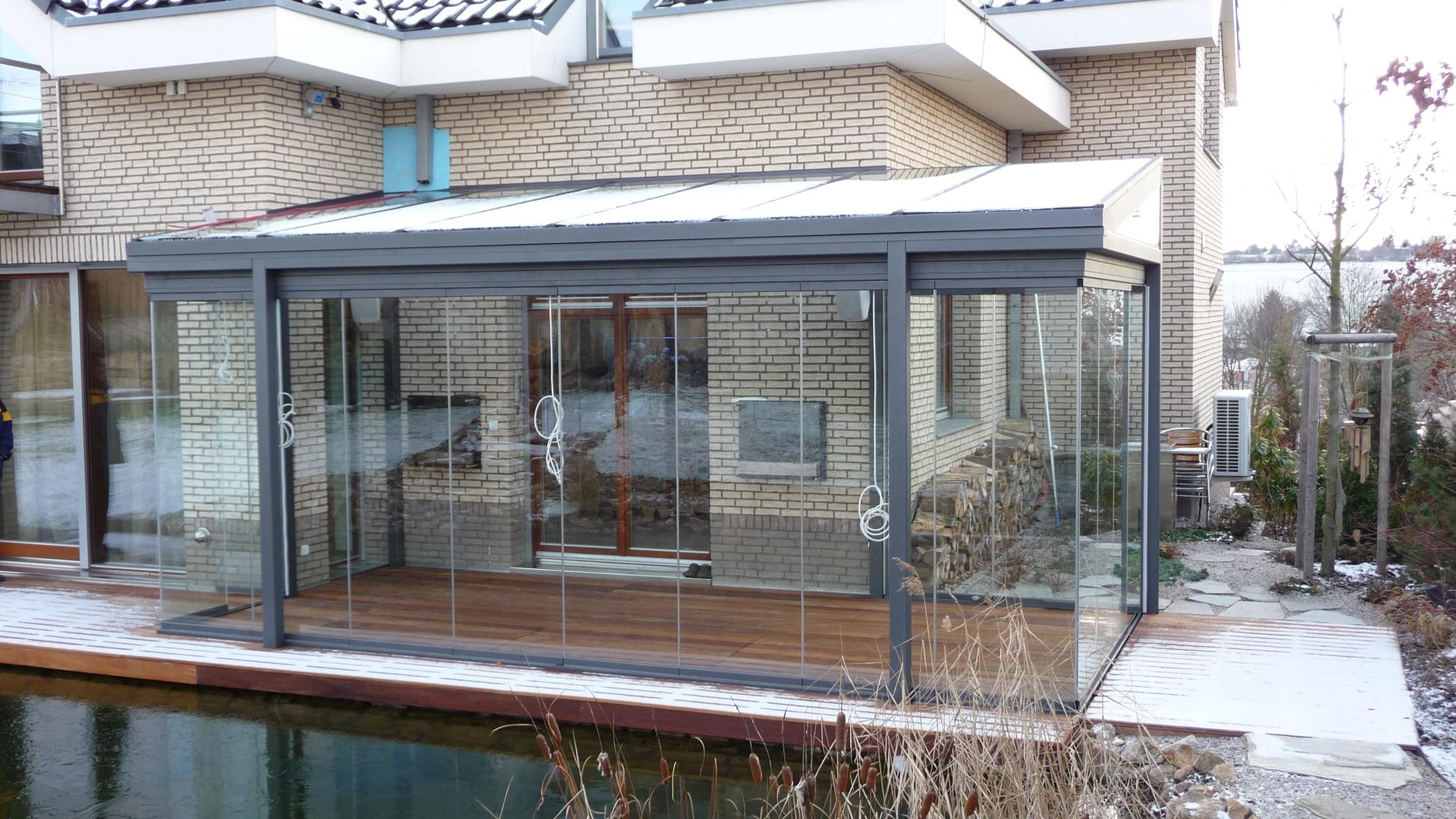Wintergarten mit Sunflex Schiebe-Dreh-Verglasung