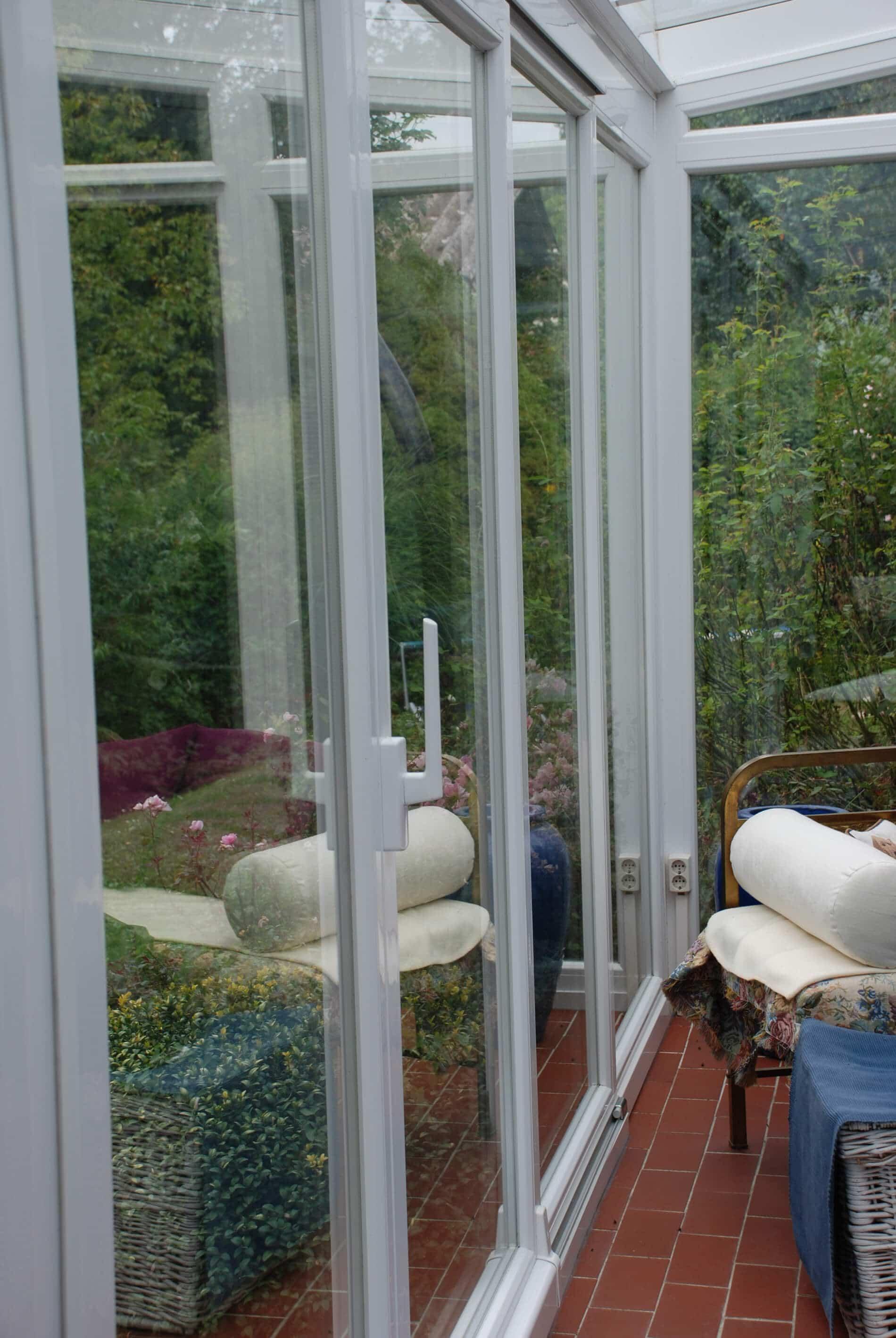 Wintergarten Schiebeelemente in Kunststoff