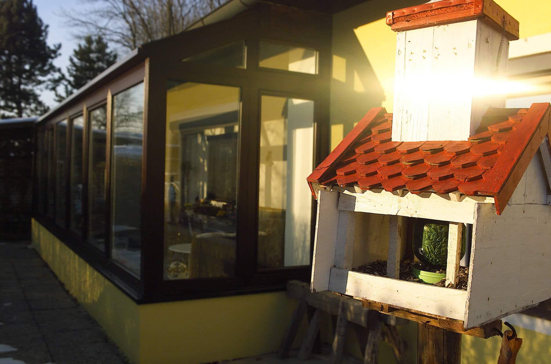 Wintergarten Wohnraumerweiterung braun