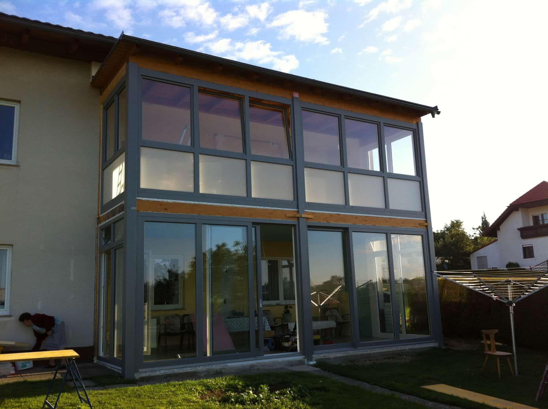 Wintergartenmontage in Leimbinder-Holzkonstruktion